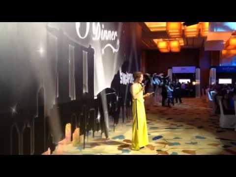 Singapore Emcee Denise Keller hosts Marina Bay Sands Glamour Showcase