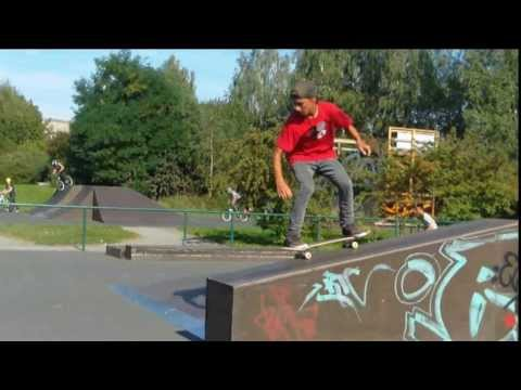Easy People Skateboards // 3 Lines with Toni