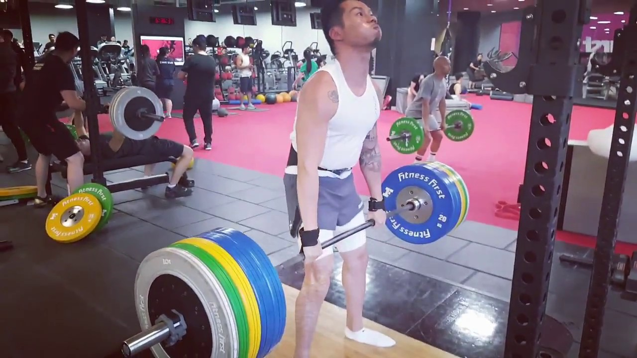 Marc PB: 160kg Deadlift