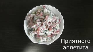Салат Хрустящий с сыром и сухариками Готовим с детками