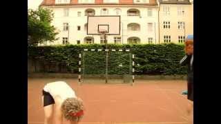 Rundum fit mit Schritt und Tritt - Workout zur Fußball WM 2014
