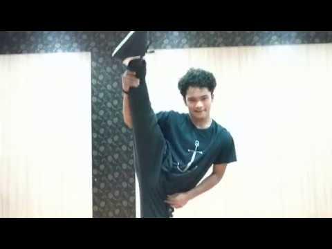 The Piche Piche Challenge Accepted By Akbar Ali Ansari | Shipra Goyal ft Alfaaz | Eros Now |
