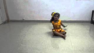 Wonder Girl Ayat Dance Performance on Jhooth bole