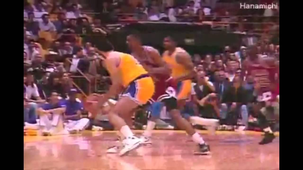 taille 40 79021 a2c27 Kobe Bryant Vs Michael Jordan