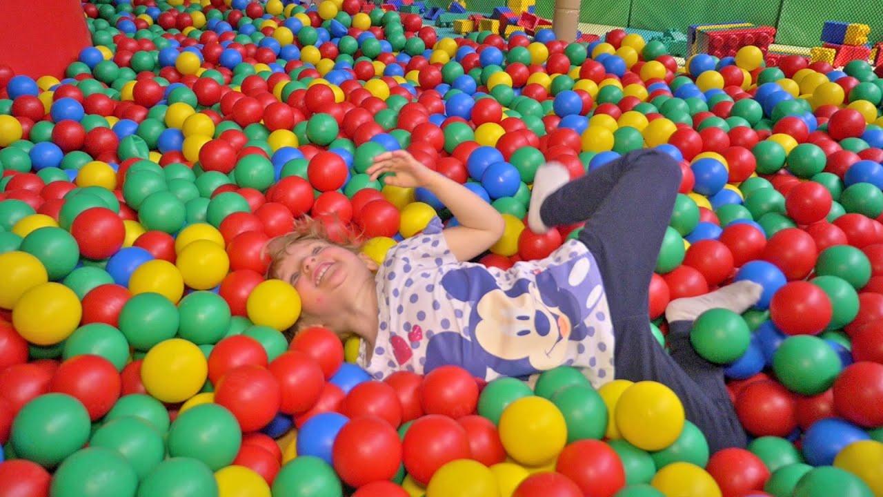 [VLOG] Fun indoor - Indoor playground fun - YouTube