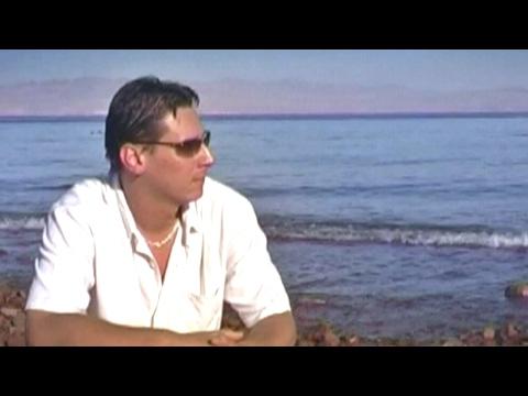CAIRO - Soha nem késő (Official Music Video)