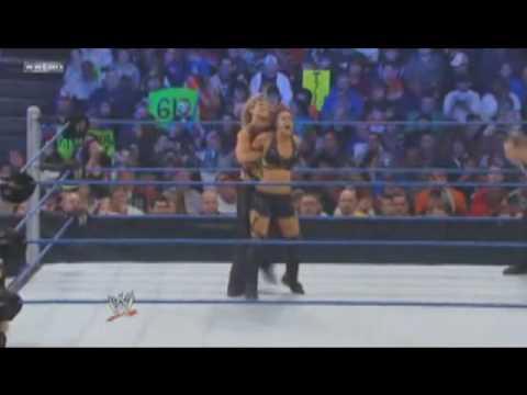 WWE Beth Phoenix's Finisher (Glam-Slam)