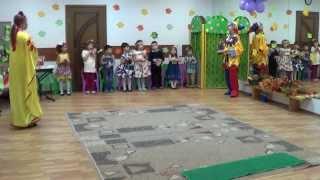 Игра на бубнах. Праздник осени в детском саду. Музыка детям 4 года. ВИДЕО. www.kapetoshka.ru(, 2014-08-26T19:25:26.000Z)