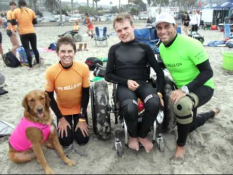 Surf dog Ricochet helps special needs kids fetch waves 2010