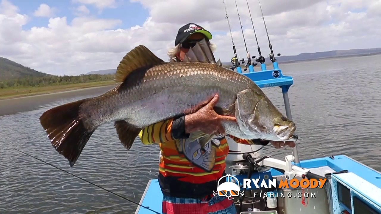 Wife jumps in to save massive fish, funny fishing video ...