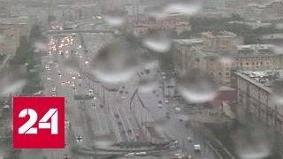Московский апокалипсис: вырванные с корнем деревья, пробитые крыши