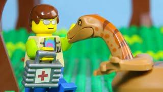 LEGO Jurassic World Park Ranger School 2 STOP MOTION  LEGO Gallimimus Is Attacked  Billy Bricks