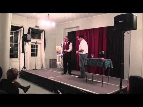 Sean, Maria & David Kaplan Entertain us