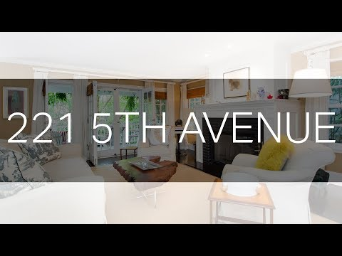 Venice Cape Cod Steps from Rose Avenue: 221 5th Avenue - Venice 90291