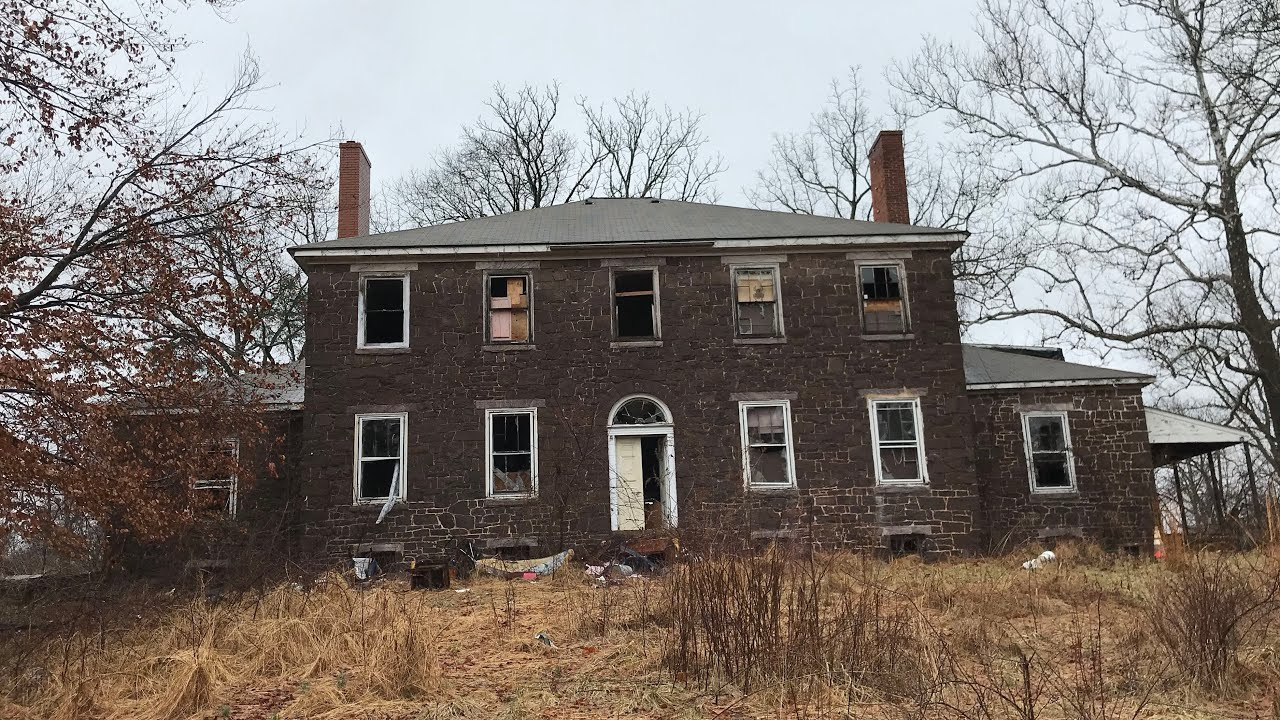 Abandoned Historic Home - maxresdefault_Must see Abandoned Historic Home - maxresdefault  Snapshot_757583.jpg