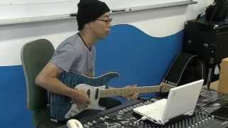 長谷川潤一(はせがわ じゅんいち) 先生 ギター専攻にて必修授業<ギタ...