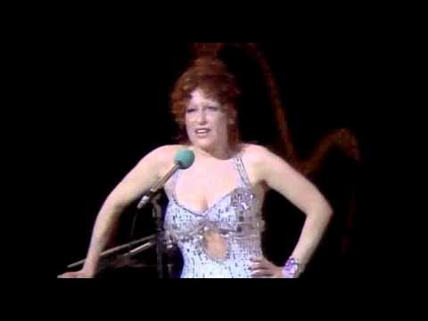 Bette Midler touring in 2019?