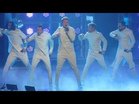 Backstreet Boys Vegas 3-4-2017 -  Larger Than Life