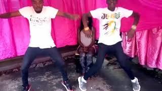 ce ton jour de mike kalambayi danse par Kennedy mt243 et merveil kyembwa challenge