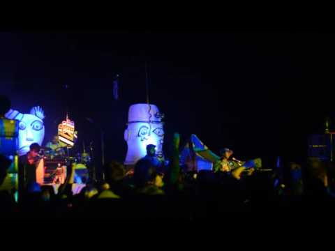 Animal Collective - Camping Weekend - 9/24/2016 - Spilling Guts ►Guys Eyes