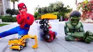 Супергерои Марвел в реальности! Человек-Паук и Халк на задании