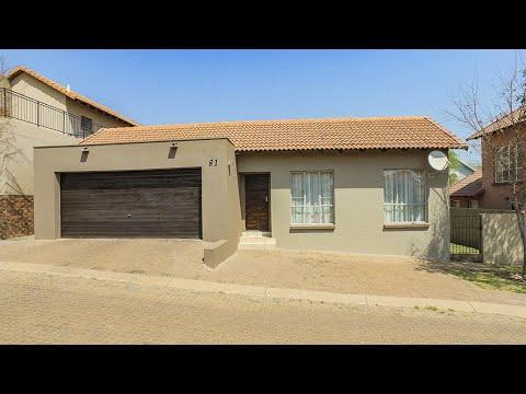 3 Bedroom Townhouse for sale in Gauteng | Pretoria | Pretoria East | Olympus | T148183