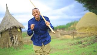Ethiopia   Bewketu Sewmehon   Anchi Yene Abeba Nesh   New Ethiopian Music 2015 K81aSUFug5w