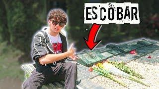 Visitando la tumba de Pablo Escobar | Los Colombianos lo Odian?