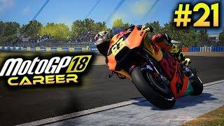 MotoGP 18 Career Mode Part 21 - WET JEREZ! (MotoGP 2018 Game Career Mode Gameplay PS4 / PC)