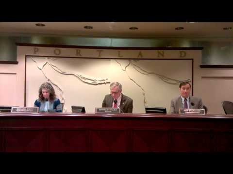 Kif Davis grills city counsel
