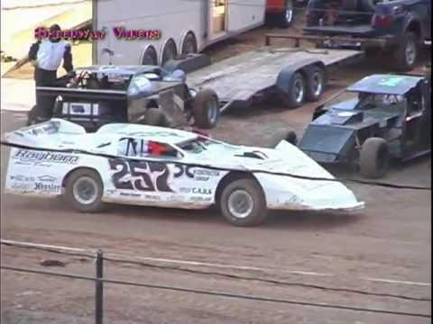 VRS @ LCS Heat Races 5-21-11.mpg