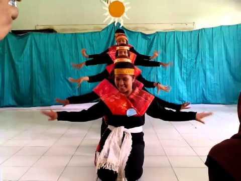 Tradisional dance xi mia 1 SMA N 1 Sunggal