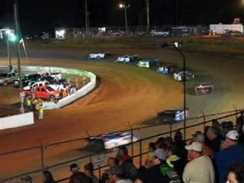 Crate Late Model Feature lap27 FNS Cochran Motor Speedway 6Jul2013