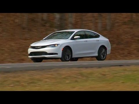 Chrysler 200S 2016 Review | TestDriveNow