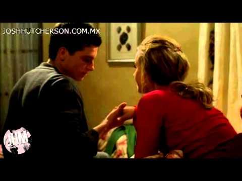 josh hutcherson the forger kiss the hand full scene
