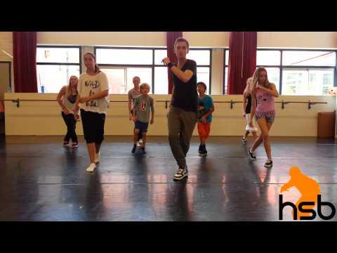 Hiphop & Streetdance Bas 8 t/m 15 jaar (Jungle - Busy Earnin')