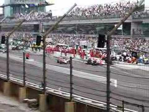 2007 Indy 500 pit stop