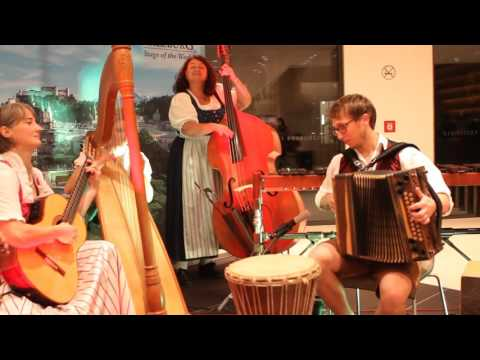 Jamming with Traditional Austrian Folk Band in Salzburg
