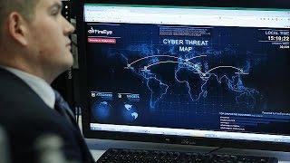 الناتو يضيف الفضاء الإلكتروني ومخاطر الهجمات الإلكترونية إلى نطاقات عملياته