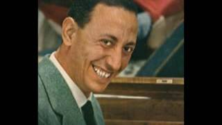 Renato Carosone canta Malafemmena