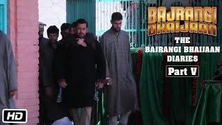 Gambar cover The Bajrangi Bhaijaan Diaries - Part V - Filming at Ashmuqam Dargah