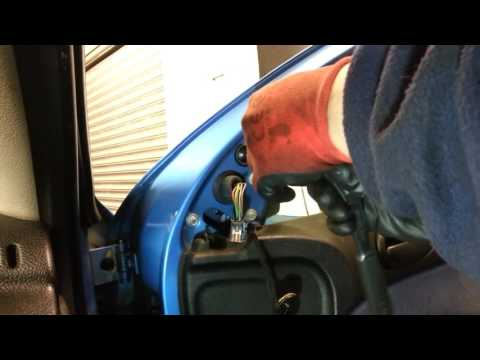 How to Change Replace Side Wing Mirror Peugeot 206 – Amateur Repairs