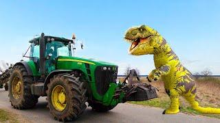 Трактор и Динозавр в видео для детей.  Малыш помогает Динозавру и ловит воришку