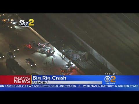 Big Rigs Crash On 210 Freeway, Leaving FedEx Trailer On Gold
