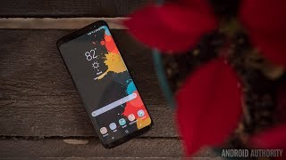 The Galaxy S8's screen is randomly turning on for some people