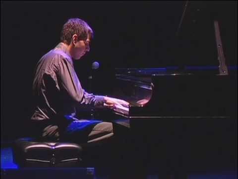 Odeon (Ernesto Nazareth) - André Mehmari (piano)
