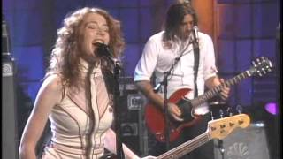 Auf der Maur - 07/06/2004 - Followed the Waves - The Tonight Show with Jay Leno