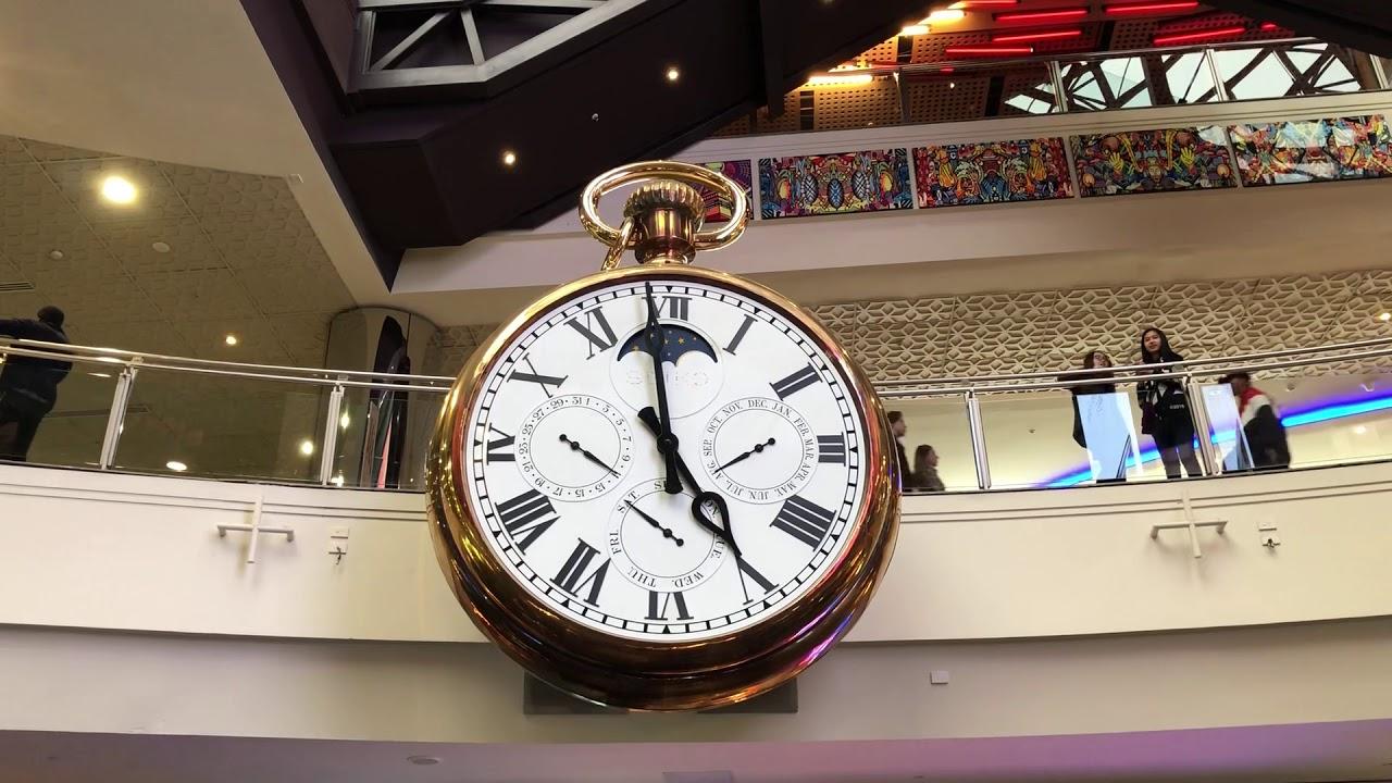 Melbourne Central Big Clock - YouTube