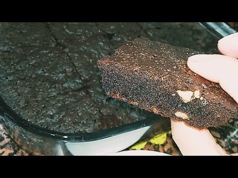 براونيز-بدون-غلوتين-و-كانها-عادية-brownies-sans-gluten-moelleuse-et-délicieuse