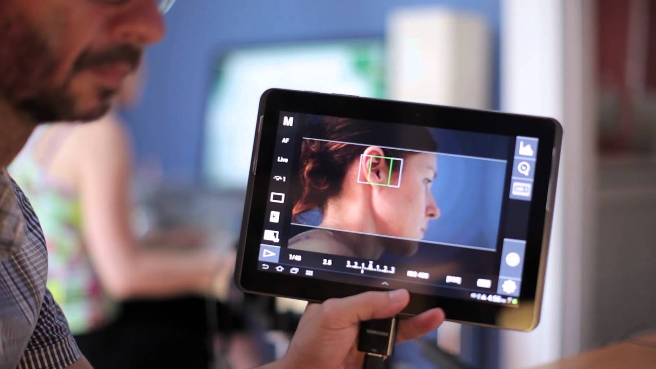 DSLR Controller With a Samsung Galaxy Tab™ 2 10 1 Android 4 0 Ice Cream Sandwich
